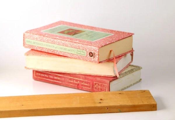upcycled book shelf idea