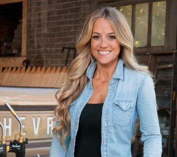 "Channel your inner ""Rehab Addict"" with 6 great tips from Nicole Curtis"