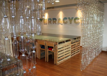 diy room divider plastic bottles upcycle