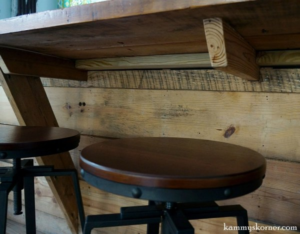 15 Built in table over half wall, by Kammy's Korner featured on @Remodelaholic