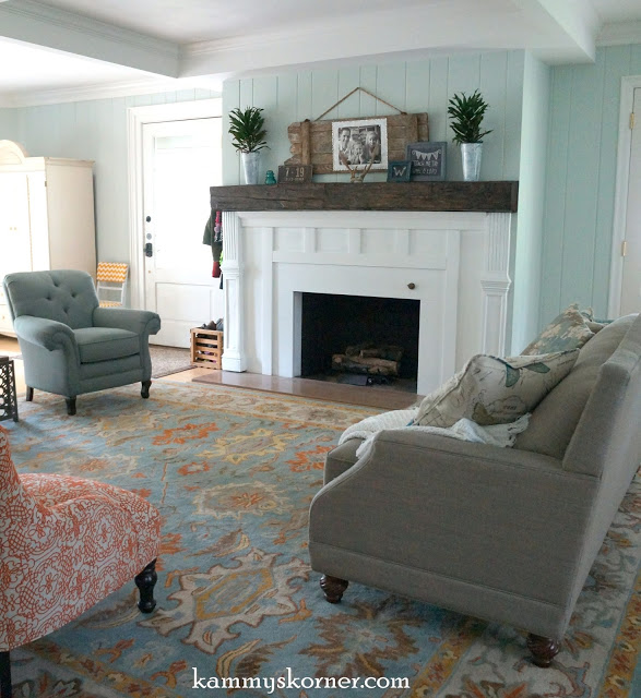 Kammy's Korner, great room with beautiful mantel