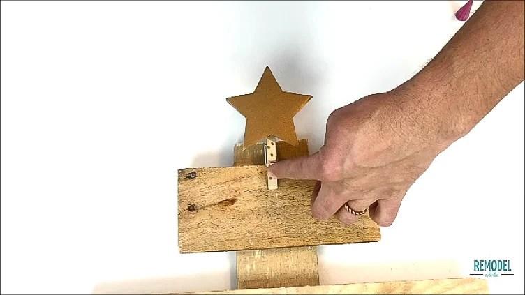 Pallet Wood Christmas Advent Calendar (6)
