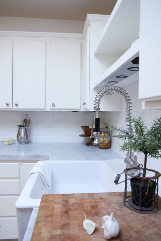 budget-friendly diy kitchen counter and backsplash makeover