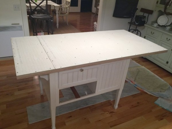 How to tile a kitchen island countertop (the RIGHT way, so it doesn't buckle and ruin the tile and grout)