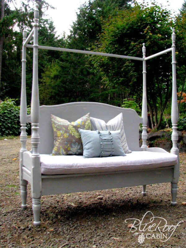 headboard bench from canopy bed Blue Roof Cabin