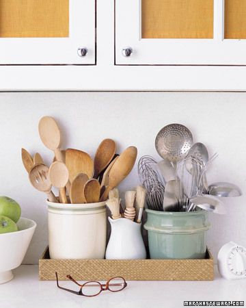 kitchen crocks for utensils organized in a tray, Martha Stewart