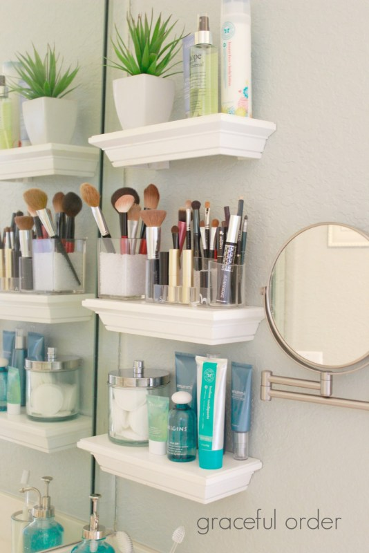 Make your bathroom beautiful and organized with some great bathroom storage ideas! Find new ideas to store all your bathroom items from towels to cotton balls. 30 Bathroom Storage Ideas via Remodelaholic.com #storage #bathroom #bathroomstorage #organization