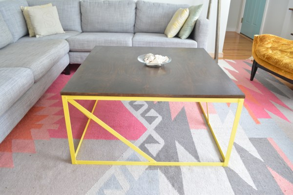 Build your own metal and wood coffee table, Plaster and Disaster featured on Remodelaholic.com