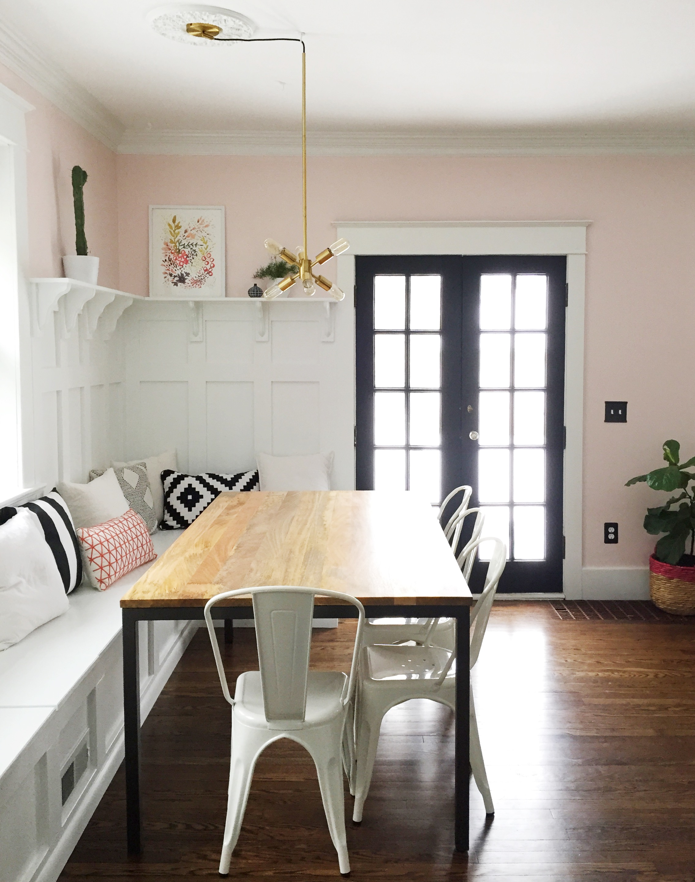Gorgeous Dining Room Banquette Plus Built In Hutch. The Paneled Board And  Batten Below