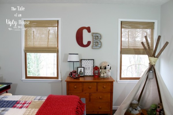 Toddler boy bedroom ideas by Tale of an Ugly House featured on @Remodelaholic
