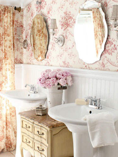 French Floral Master Bathroom Country Living