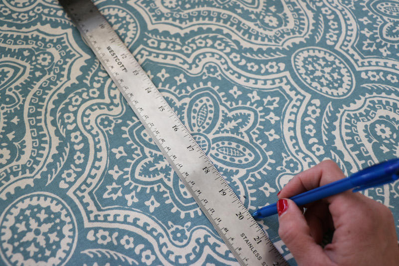 Marking Cut Line for Starched Fabric Wall