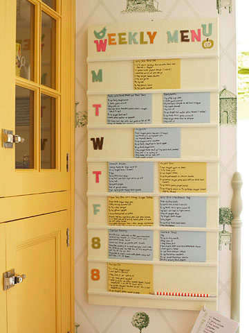 Weekly Menu Board via Better Homes and Gardens