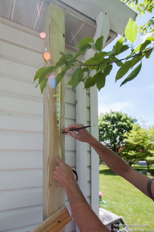 DIY vertical garden for remodelaholic.com by heatherednest.com (10 of 19)