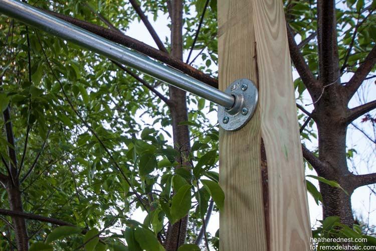 DIY vertical garden for remodelaholic.com by heatherednest.com (6 of 6)