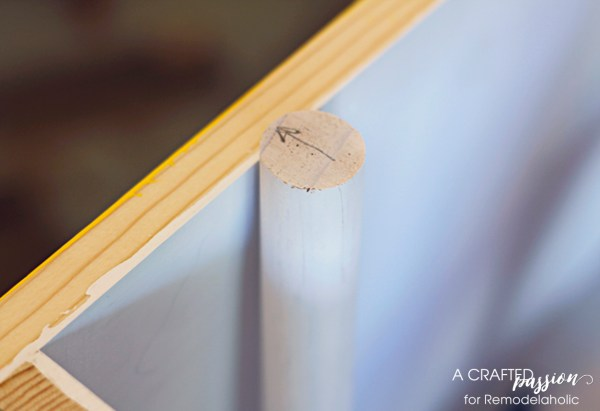 Build your own side table by A Crafted Passion featured on @Remodelaholic
