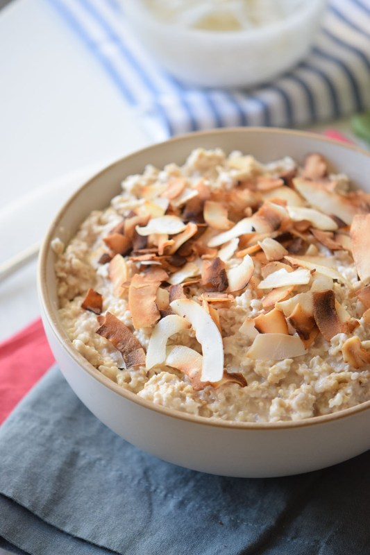 The perfect healthy and sweet breakfast idea! Toasted Coconut Oatmeal via Remodelaholic.com