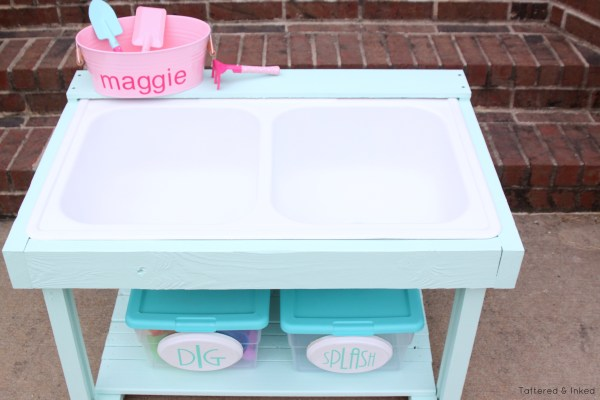Remake an old sink into a water and sand table for your toddler by Tattered and Inked featured on @Remodelaholic
