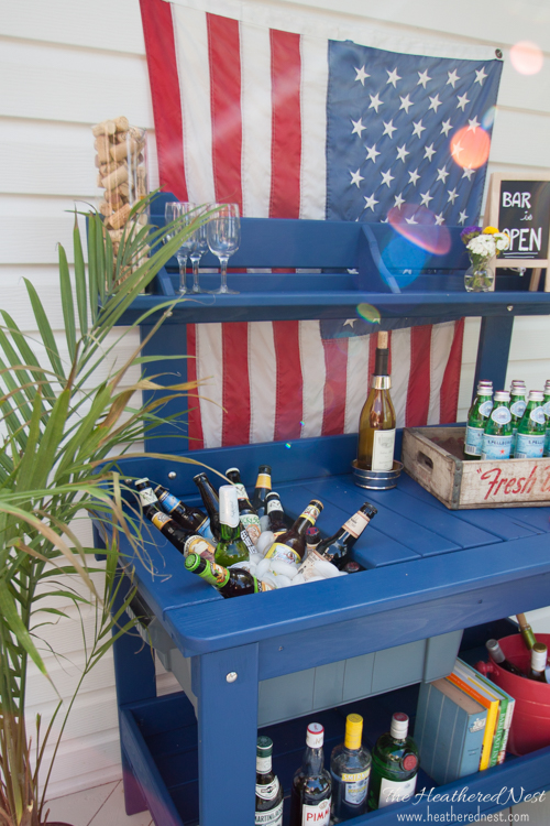 potting table turned outdoor bar cart with drink cooler, by The Heathered Nest