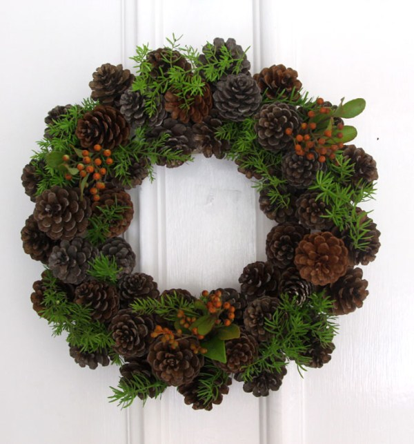 DIY-pinecone-wreath-apieceofrainbowblog (9)