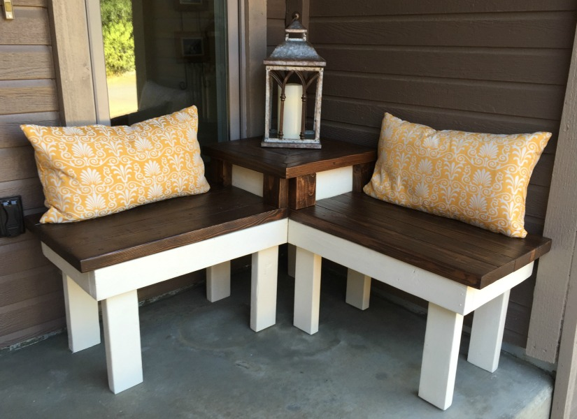 Enjoyable Remodelaholic Build A Corner Bench With Built In Table Beutiful Home Inspiration Xortanetmahrainfo