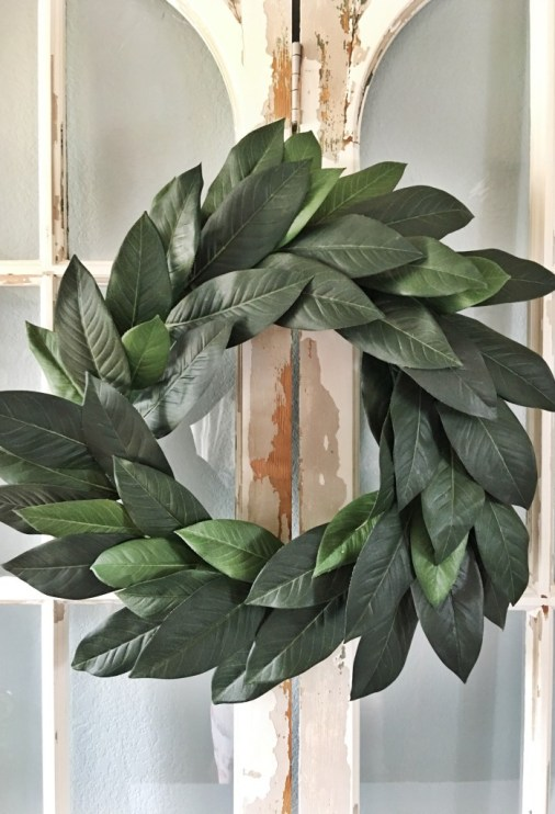 Fixer Upper DIY Magnolia Wreath_Jolly & Happy