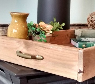 Build an Easy Pallet Wood Tray
