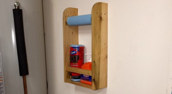 16 clever organization pallet hacks featured on remodelaholic.com