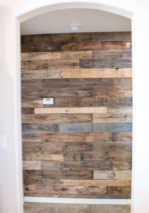 pallet-wall-addicted-2-diy