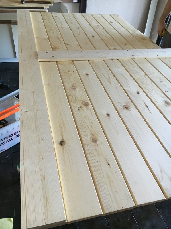 tutorial-for-a-simple-quick-sliding-barn-door-over-inspired-featured-on-remodelaholic