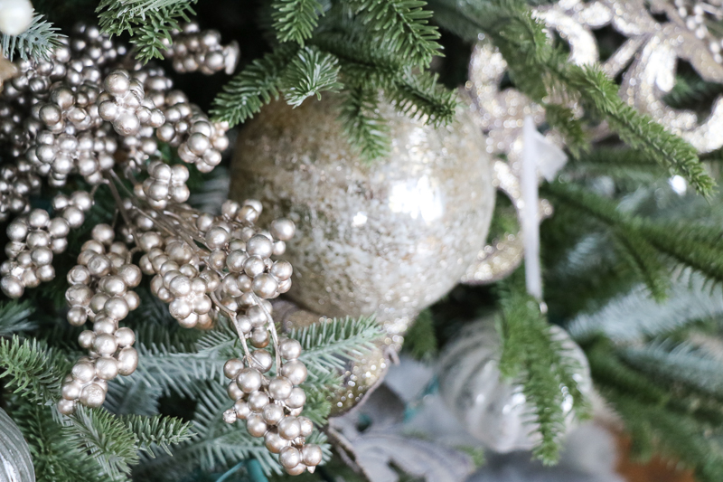 Christmas Tree Decor Tutorial