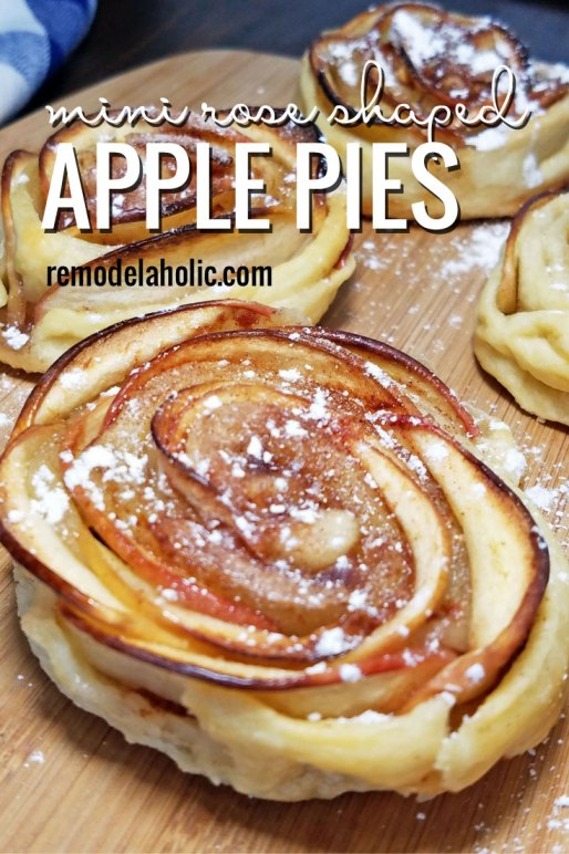mini apple shaped rose pies