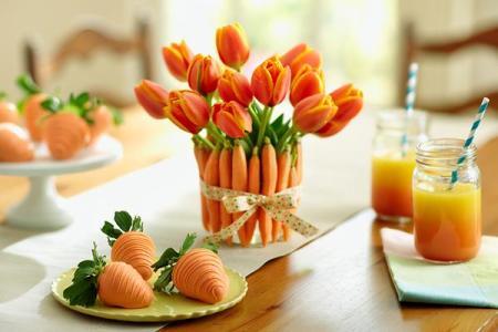 2015 03 02 Mulligan Carrot Tulip Vase Carrot Strawberries