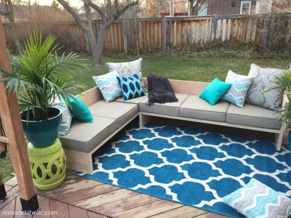 DIY Outdoor Sectional Sofa With Storage For Cushions, Built From Plywood Remodelaholic