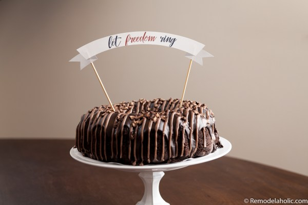 Add a fun banner to your cake with a patriotic flair via remodelaholic.com
