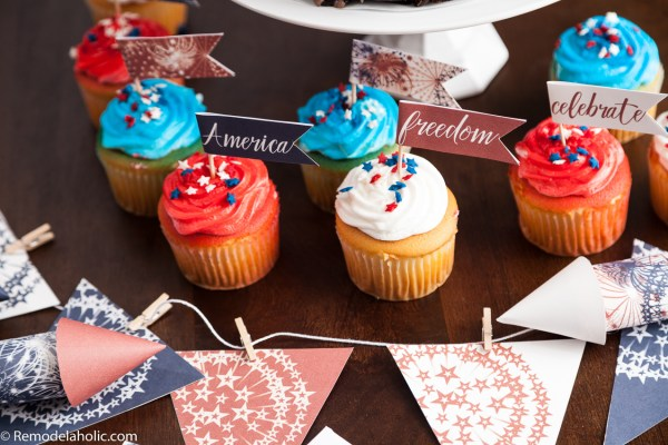 4th of July Party ideas: Patriotic cupcakes complete with red, white, and blue cupcake toppers via Remodelaholic.com