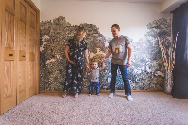 DIY Wooden Arrow Tutorial, Home Decor | Remodelaholic