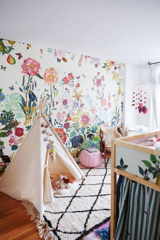 Decorating with Bold Wallpaper   A Garden Grows In Brooklyn Taupe And White Kid S Room 1456173077 56cb613ed82f6a1645dd3cdc W667 H1004