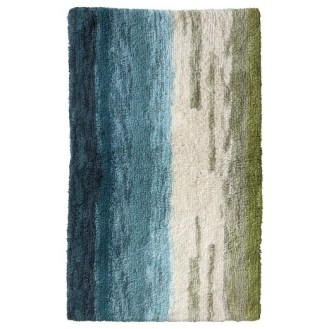 Bold Bathroom Design 09 Bath Rug