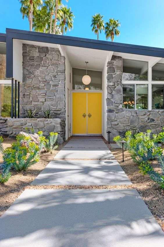 Mid-Century Modern Curb Appeal Home Inspiration