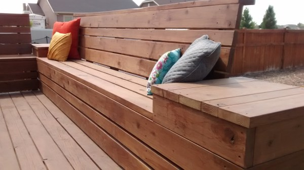 DIY Outdoor Benches: Space Saving Deck Bench Plans