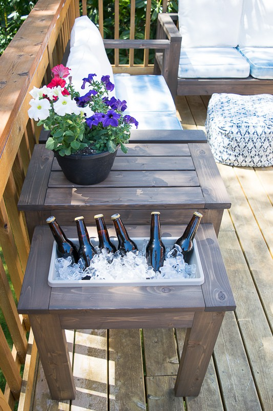 Build With 2x4s, Patio End Table With Built In Ice Bucket, The Handyman's Daughter