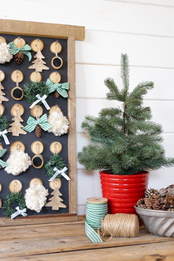DIY Christmas Advent Calendar | This Mamas Dance For Remodelaholic 4