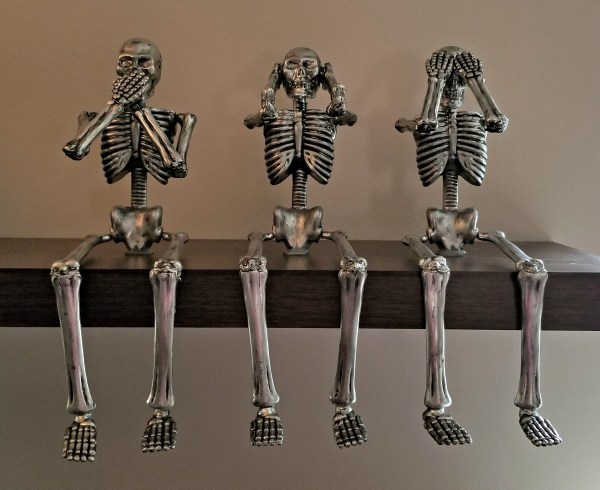 DIY Painted Skeleton Decor, Remodelaholic