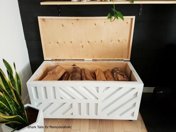 StorageBox SharkTails.23
