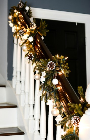 Christmas Decorating Ideas Neutral Burlap White Navy Rustic ENTRY @It All Started With Paint 3 Of 16