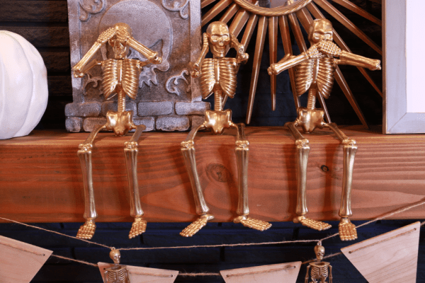 Gold Skeletons From The Dollar Store @remodelaholic