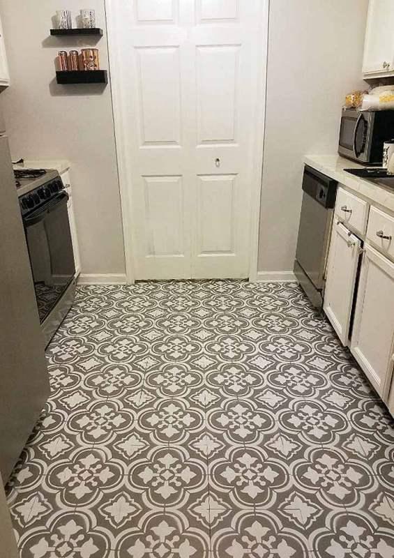 Stenciled Linoleum Flooring 3
