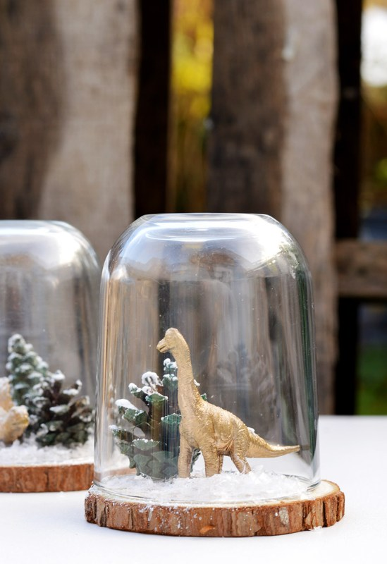 Christmas Cloche Dinosaur 5s