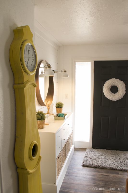Ikea Entry Post @Remodelaholic 9